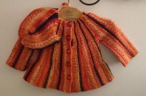 babytrøje strikket på tværs